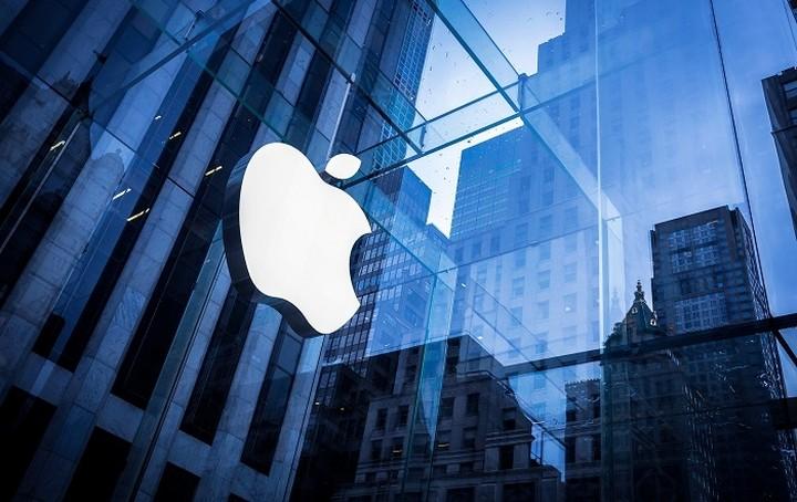 Στα δικαστήρια η Apple- Η μήνυση του 1 δισ.