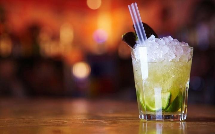 Premium Brands: Η ελληνική εταιρία των cocktails