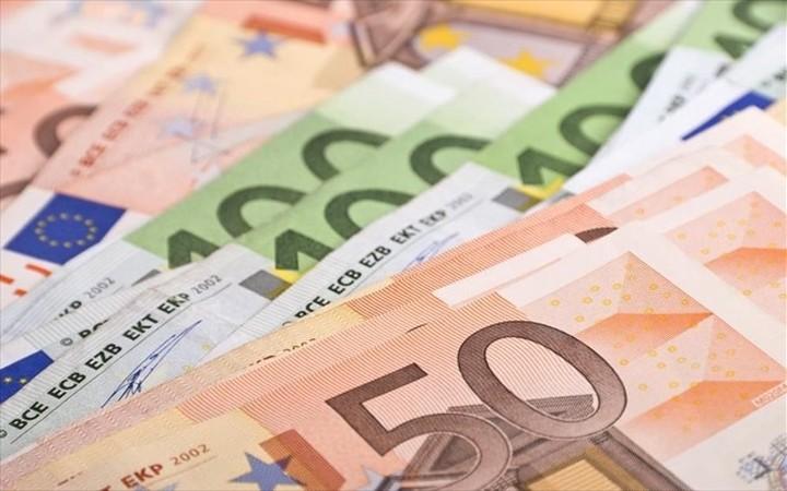 Το «μαξιλάρι» των εσόδων του 2016 και πώς θα αξιοποιήσει η κυβέρνηση
