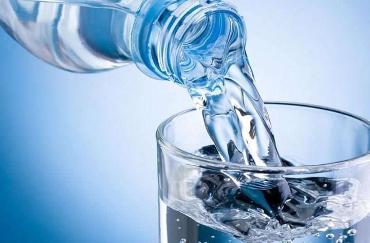 Υψηλός ρυθμός εξαγωγών για το νερό ZARO'S