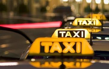 Πρόσκληση εκδήλωσης ενδιαφέροντος για νέες άδειες ταξί στην Αττική