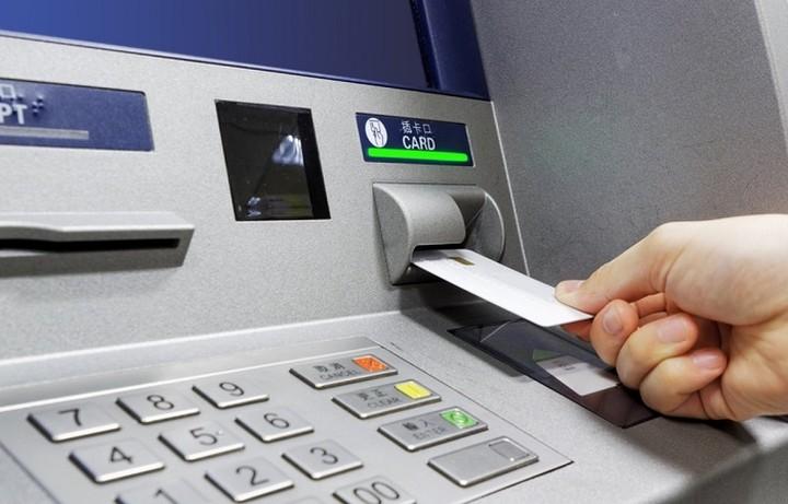 Οι 9 προτάσεις των τραπεζών για τα capital controls