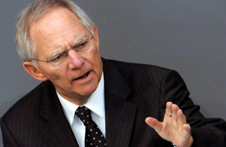 Σόιμπλε: Η Ελλάδα πρέπει να τηρήσει τις δεσμεύσεις της