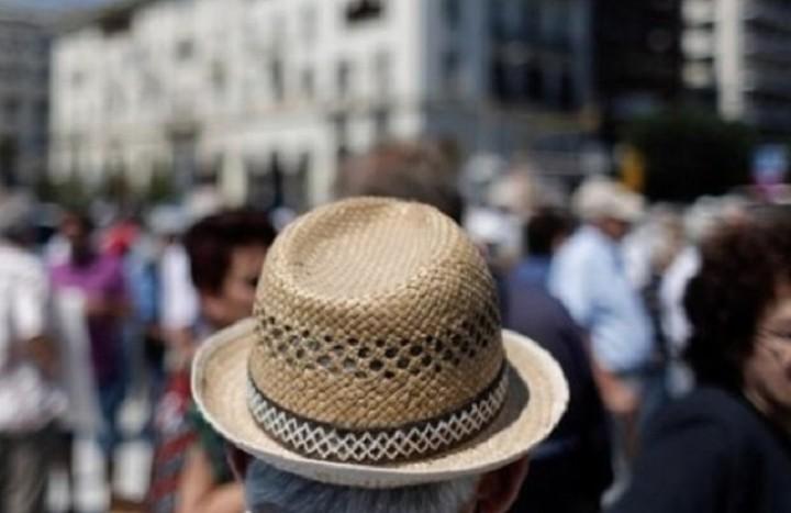Μειώσεις έως και 20% σε χιλιάδες συνταξιούχους