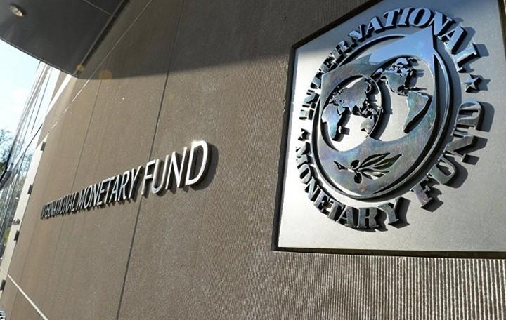 ΔΝΤ: Περαιτέρω ελάφρυνση του ελληνικού χρέους για να καταστεί βιώσιμο