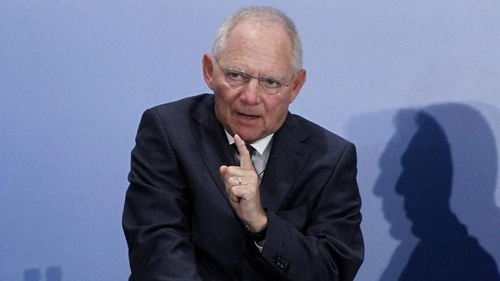 Σόιμπλε: Από την Ελλάδα εξαρτάται αν θα παραμείνει στο ευρώ