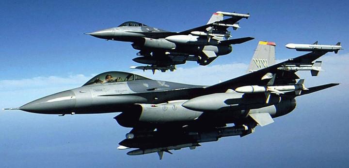 Αερομαχίες για την πίτα των 7 δισ. ευρώ από τα F16. Τα φαβορί
