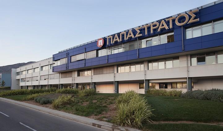 Η Philip Morris επενδύει 300 εκατ. ευρώ στην Ελλάδα μέσω της Παπαστράτος