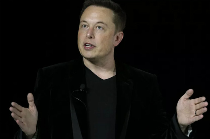 O Elon Musk θέλει να συνδέσει ανθρώπινο εγκέφαλο και υπολογιστή
