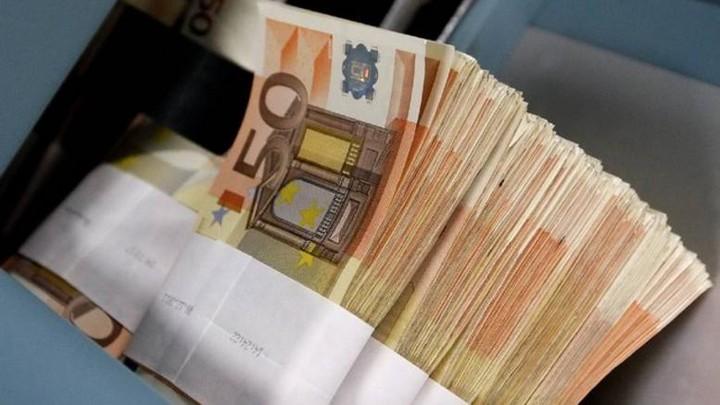 Κι όμως οι Έλληνες πληρώνουν κανονικά τους φόρους τους (πίνακας)