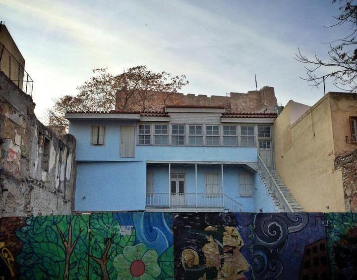 Στα αζήτητα τα ακίνητα του ΤΑΙΠΕΔ - Ρημάζει το σπίτι του Κοκοβίκου