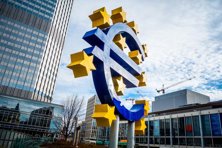 Στον αέρα  η συμφωνία  για το QE. Οι επιπτώσεις στην αγορά