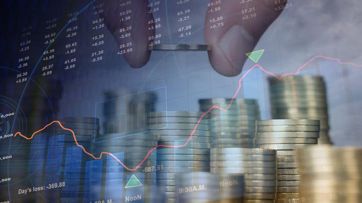 """Το """"όνειρο"""" για έξοδο στις αγορές, χρέος και QE"""