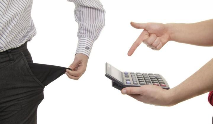 ΣΟΚ: Χρωστάμε 240 δισ. ευρώ σε τράπεζες, εφορία και ασφαλιστικά ταμεία