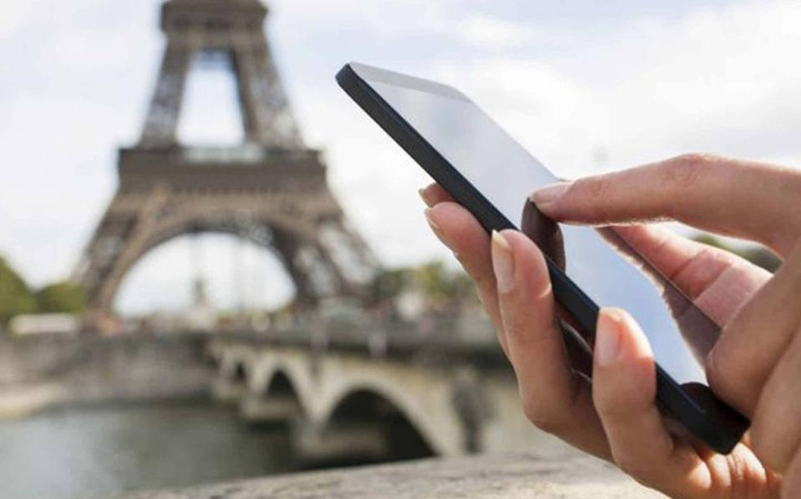 Τι πρέπει να γνωρίζετε για να ταξιδέψετε στην Ευρώπη με το κινητό σας