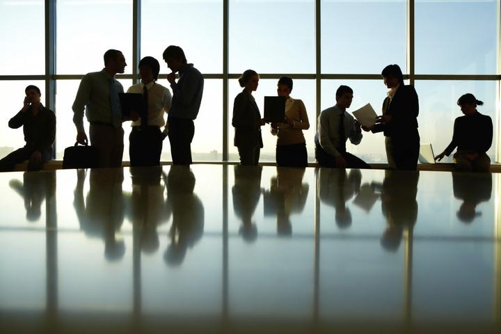 Ποιοι κλάδοι προσλαμβάνουν άτομα για εργασία