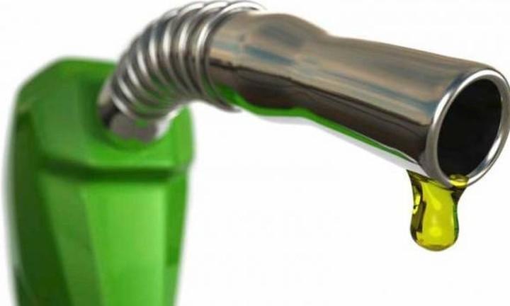 Τα χαμένα έσοδα από την αμόλυβδη και τα σενάρια για νέο χαράτσι στο πετρέλαιο