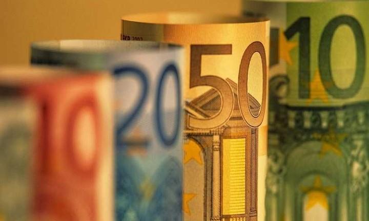 Δύο δις «μοιάζει» στην Ελλάδα η ΕΤΕπ