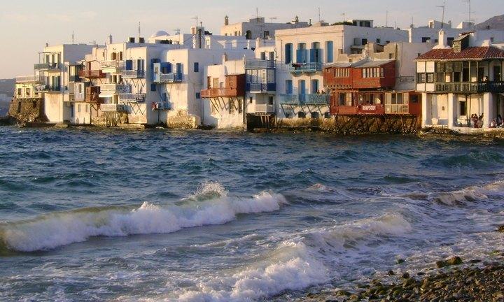 Ποιοι αγοράζουν εξοχικά στην Ελλάδα