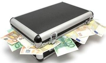 Πιο «αλμυρή» η αποκάλυψη «γκρίζων» εισοδημάτων