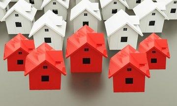 Τα σχέδια των τραπεζών για την πώληση των κόκκινων δανείων