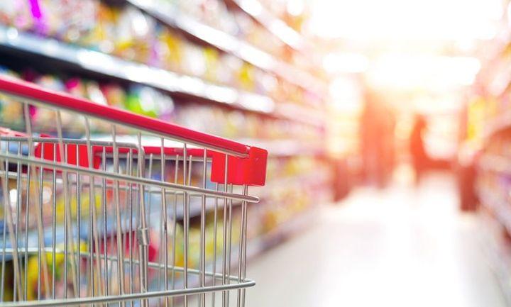 Οι προσφορές στα σούπερ μαρκετ ρίχνουν τις τιμές