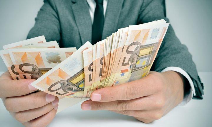 Δέκα φόροι ζητούν… αποφάσεις