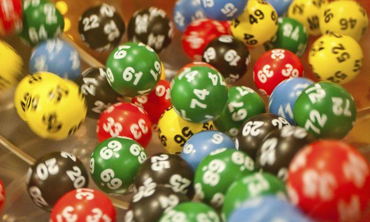 Πώς θα κερδίσετε 1.000 ευρώ με τη λοταρία των αποδείξεων