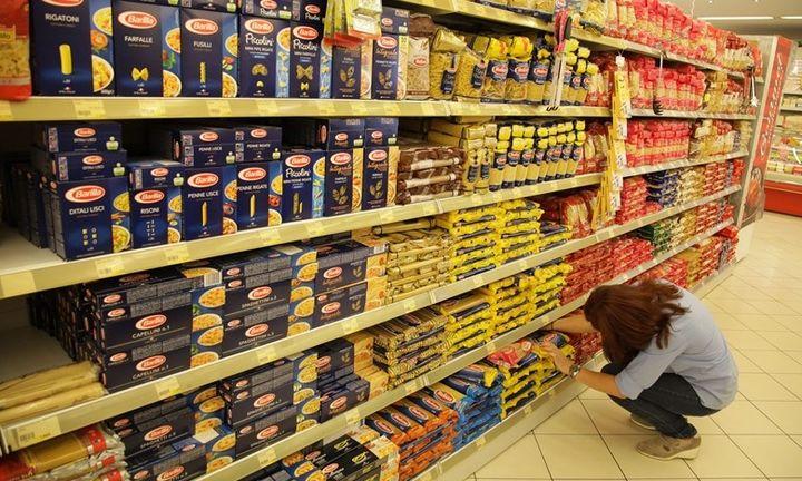 Πόλεμος ελληνικών εταιρειών τροφίμων με τις πολυεθνικές για μια θέση στο ράφι