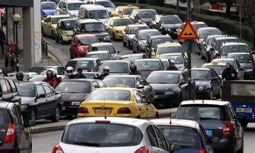 Μπλόκο στην ασφάλιση αυτοκινήτων και ταξί αν δεν έχουν περάσει ΚΤΕΟ