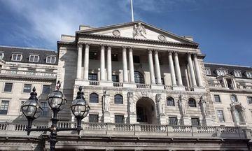 Τράπεζα της Αγγλίας: Η πρώτη αύξηση επιτοκίων σε 10 χρόνια
