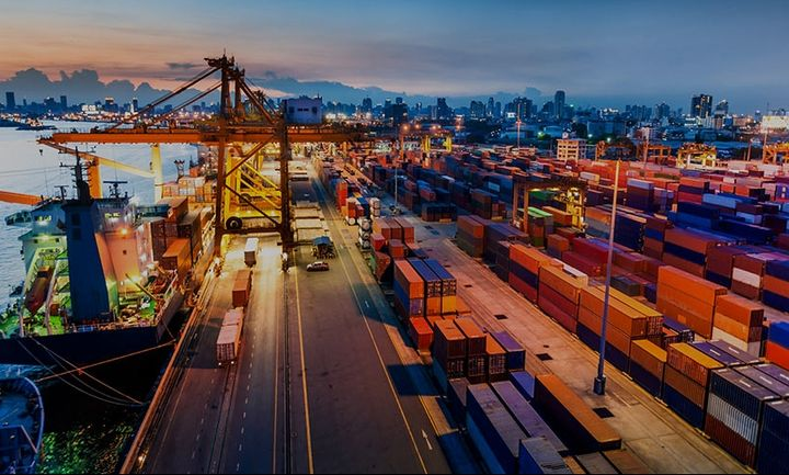 «Καλπάζει» ο κλάδος των logistics
