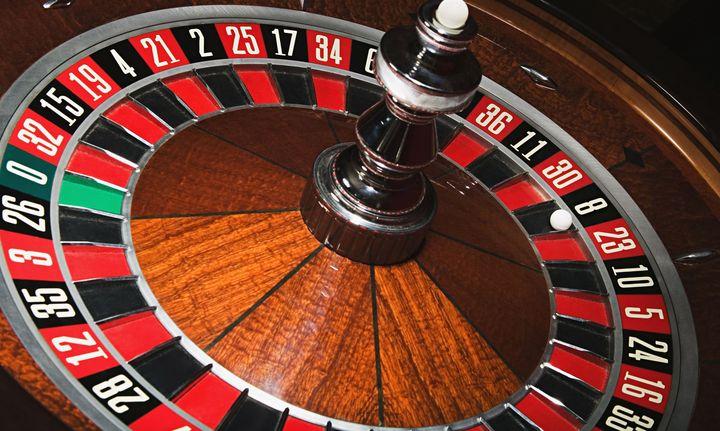 Σε δημόσια διαβούλευση ν/σχ για τα καζίνο, έπεται το ιντερνετικό στοίχημα
