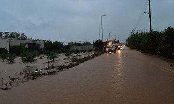 Προβλήματα στην εο Αθηνών-Κορίνθου: Παγιδευμένα αυτοκίνητα