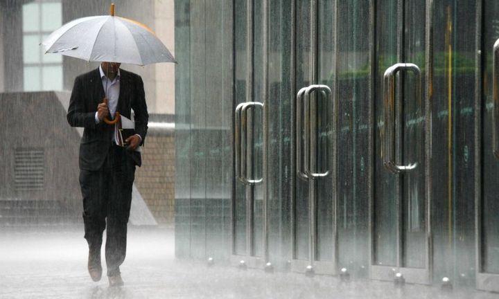 Προβλήματα από τη βροχή σε όλη την Αττική