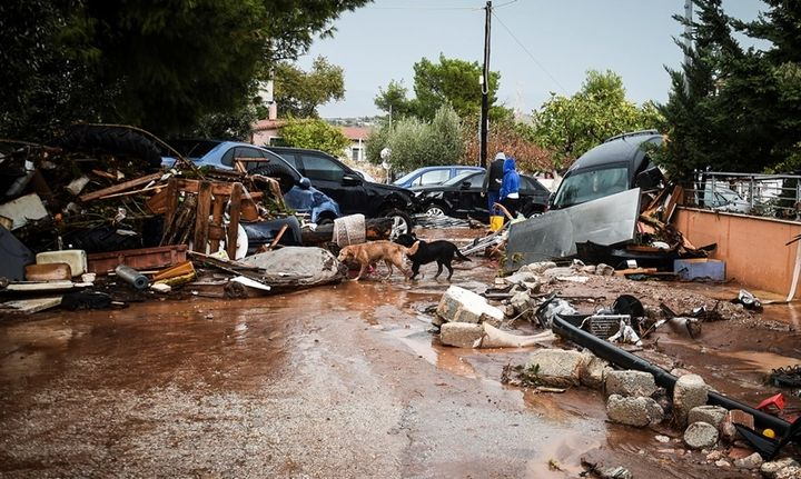 Από αύριο το επίδομα των 5.000 ευρώ στους πλημμυροπαθείς