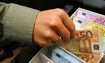 Πιστώθηκαν τα χρήματα της εξισωτικής: Από σήμερα διαθέσιμα στους δικαιούχους