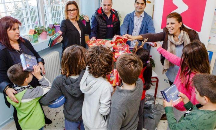 Η ΕΚΟ μοιράζει παιχνίδια, χαρά και χαμόγελα!!!