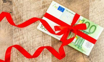 Παραμονή Χριστουγένων η σούπερ φορολοταρία για 10.000 τυχερούς