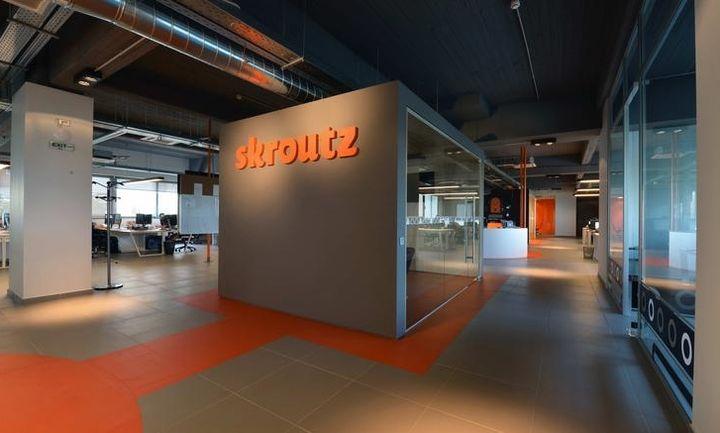 Δύο προσφορές για το 50% της Skroutz.gr