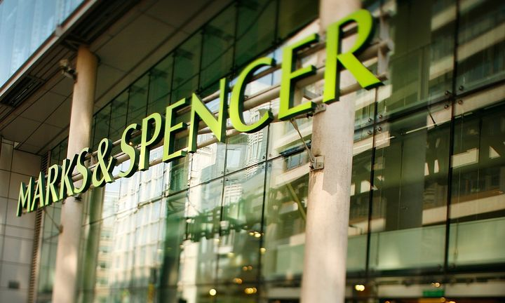 Tι έχασε το Marks & Spencer τα Χριστούγεννα