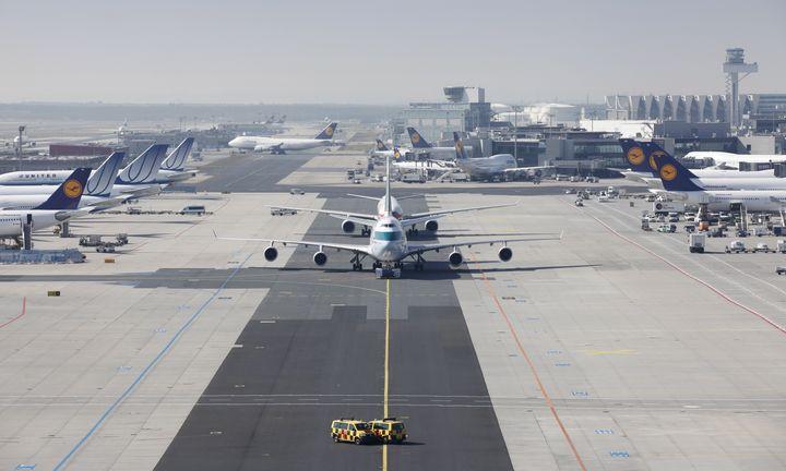 «Απογειώνονται» τα 14 περιφερειακά αεροδρόμια