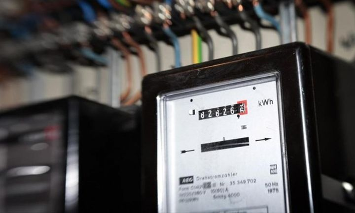 «Έξυπνοι μετρητές» ρεύματος: Τι αλλαγές φέρνουν στους καταναλωτές
