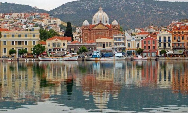 «Παγώνει» η αύξηση του ΦΠΑ στα πέντε νησιά του Αιγαίου