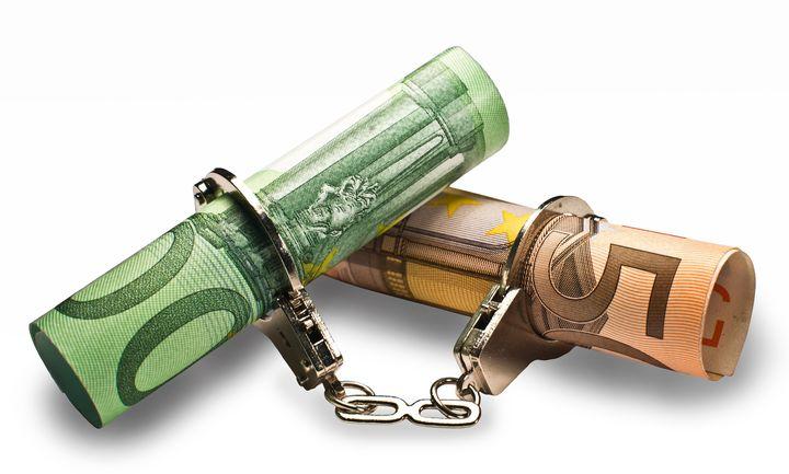 Επιδρομή της εφορίας: Κατασχέσεις σε όσους χρωστούν