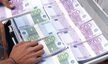 Εφορία: Στην...πίεση οι μικροοφειλέτες, «ασυλία» για όσους χρωστούν τα πολλά