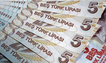 Χωρίς τέλος η πτώση για την τουρκική λίρα