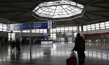 «Απογειώθηκε» η επιβατική κίνηση στα ελληνικά αεροδρόμια