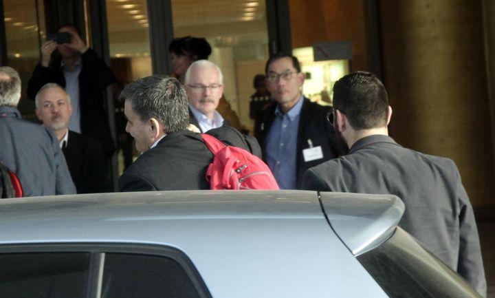 Χίλτον… τέλος: Αλλάζουν έδρα οι διαβουλεύσεις με τους θεσμούς