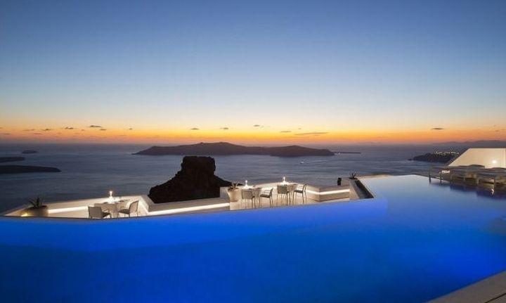 Το Grace Hotel Santorini ιδανικό για διακοπές ή μήνα του μέλιτος